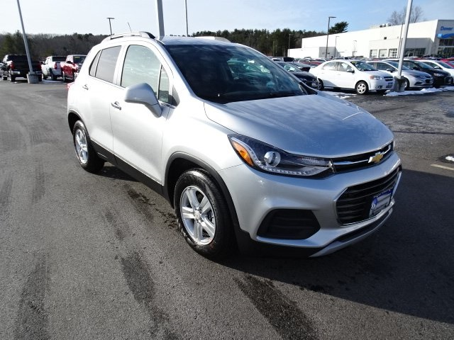 New 2019 Chevrolet Trax LT FWD